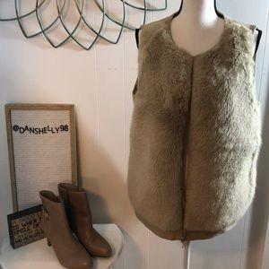 Lafayette 148 Wool Zip-up Vest